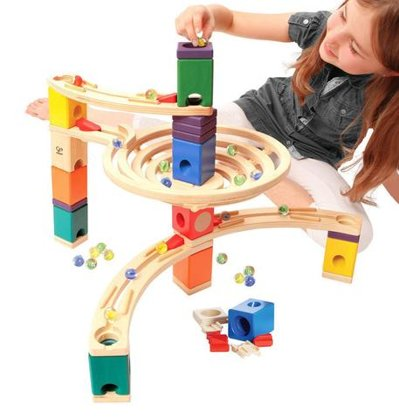 HAPE E6005 The Roundabout